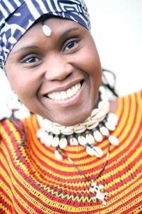 Portrait de la danseuse africaine Jacky Essombe (Vancouver, Colombie-Britannique, Canada) ©Bertrand Lemeunier