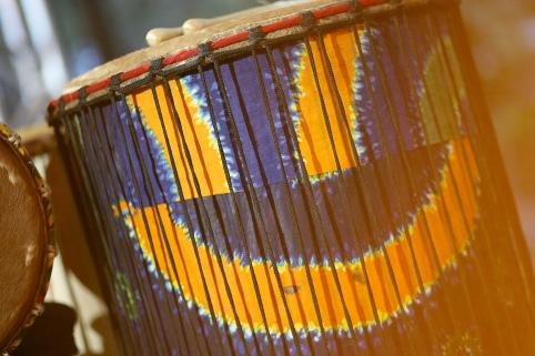 Sourire d'un tambour de l'école de percussions Samajam (Québec, Canada) ©Bertrand Lemeunier