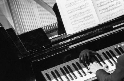 Pianiste au Festival de Montréal en Lumières (Québec, Canada) ©Bertrand Lemeunier