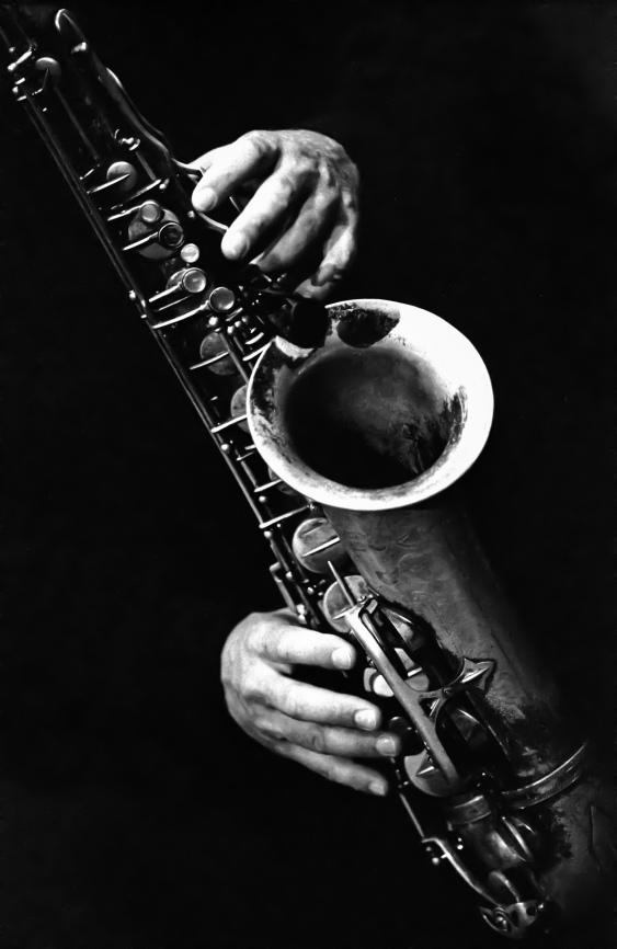 Saxophoniste dans un festival de musique à Montréal (Québec, Canada) ©Bertrand Lemeunier