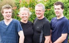 Famille Davidson, une sympathique famille de voyageurs à vélo! Citoyens canadiens également !