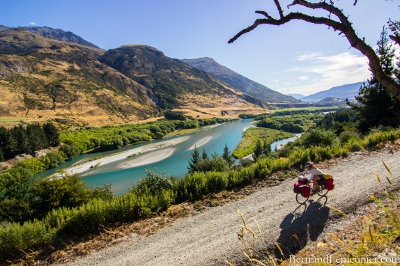 NZ_Queenstown_Trail_Otago_Vanessa_velo_ TERRA_TRIBUTA-1