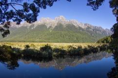 16-Parc-National_Fiordland_Mirror-lake_NZ_Terra-Tributa